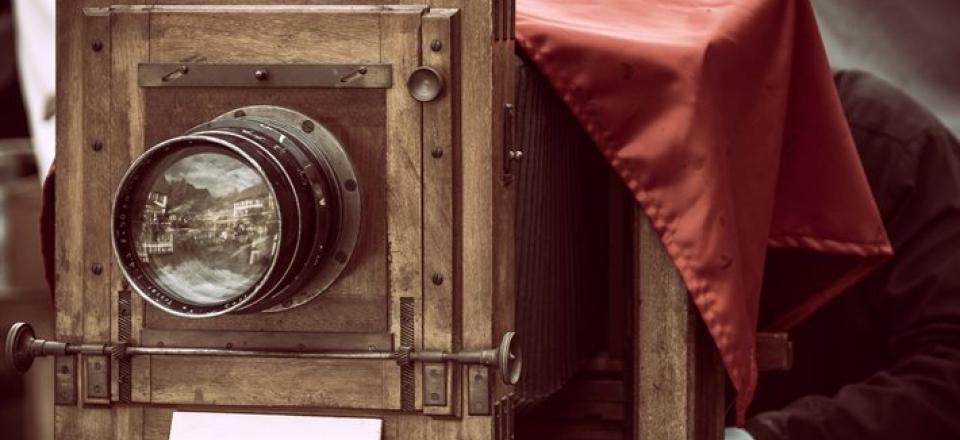 Kamerom kroz vreme - objektivi istorije